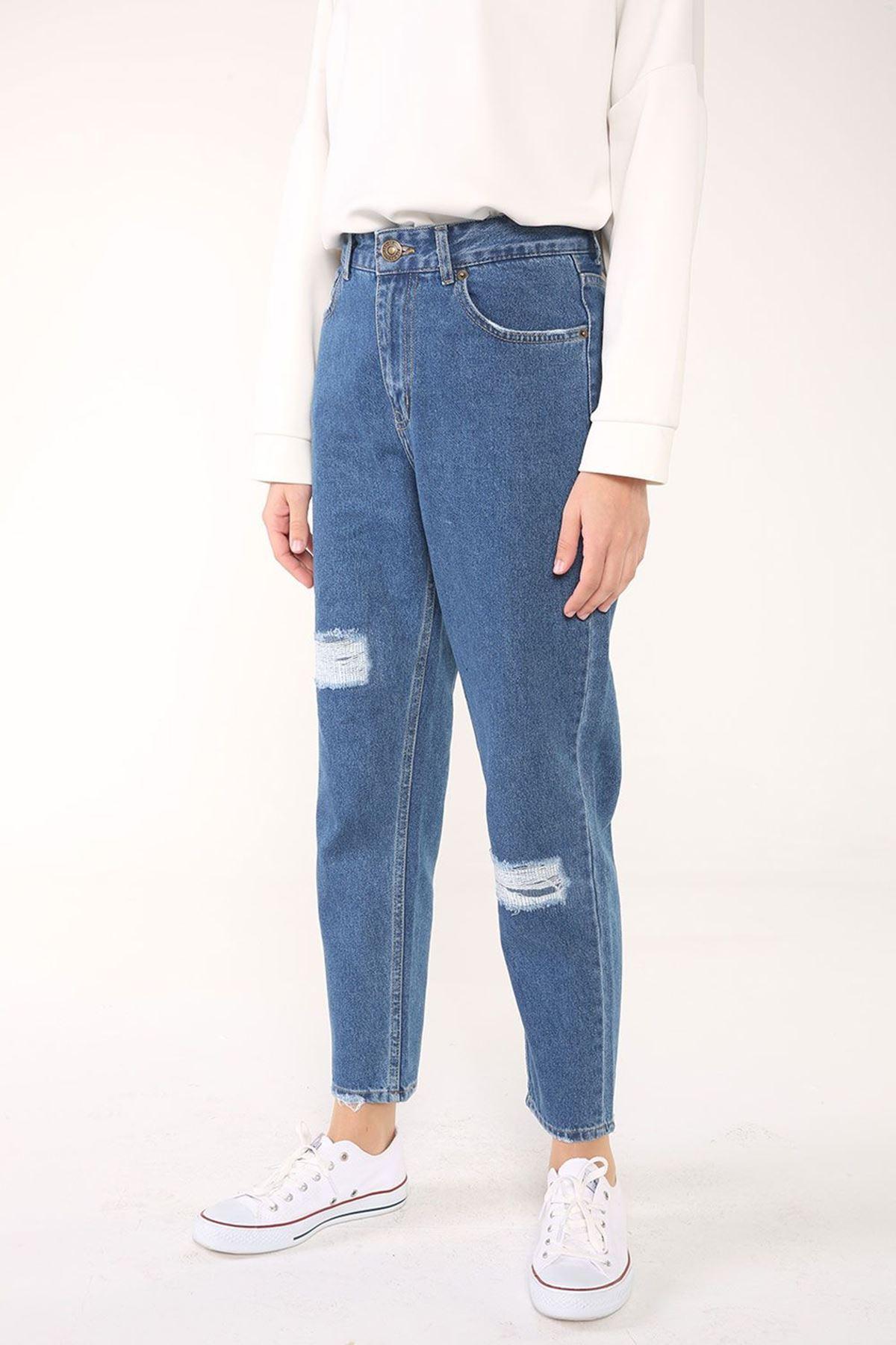Mavi Renkli Cepli Yamalı Mom Jean