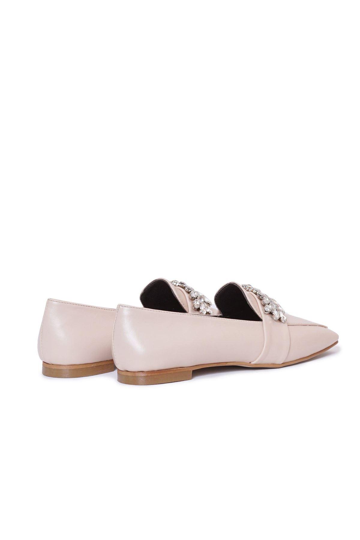Kadın Çiçek Taşlı Loafer Ayakkabı - Bej
