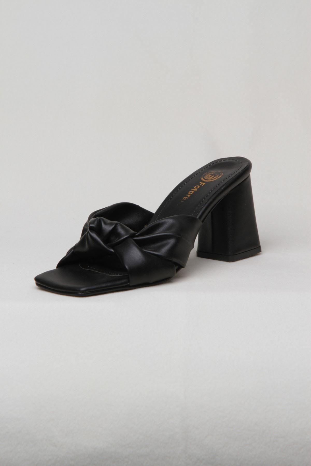 Kadın Topuklu Terlik - Siyah