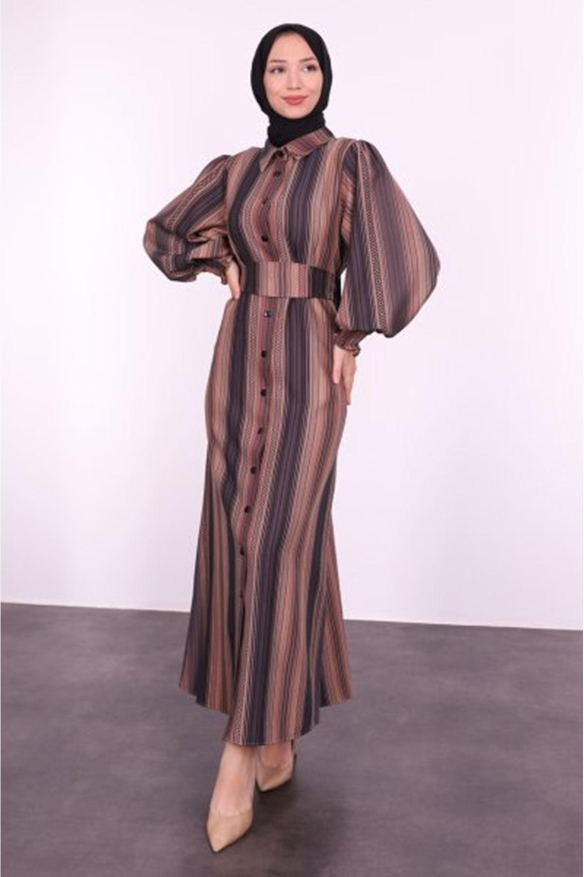Şerit Desenli Balon Kol Tesettür Elbise-kahve